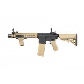 Replika karabinka RRA SA-E07 EDGE™ half-tan - Specna Arms (SPE-01-023927)